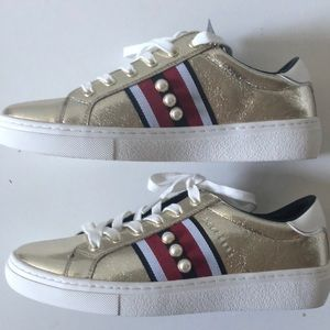 Gold and pearl Skecher sneaker